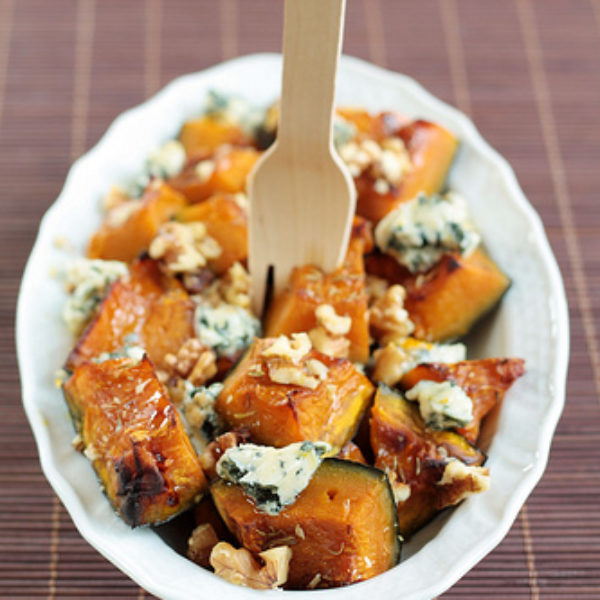 Zucca al forno con gorgonzola e noci