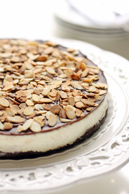 cheesecake alle mandorle