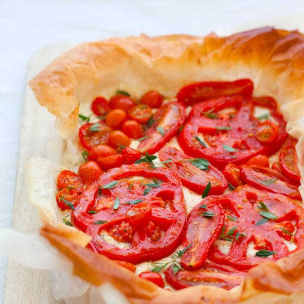 Sfogliata ai pomodori, ricotta e limone