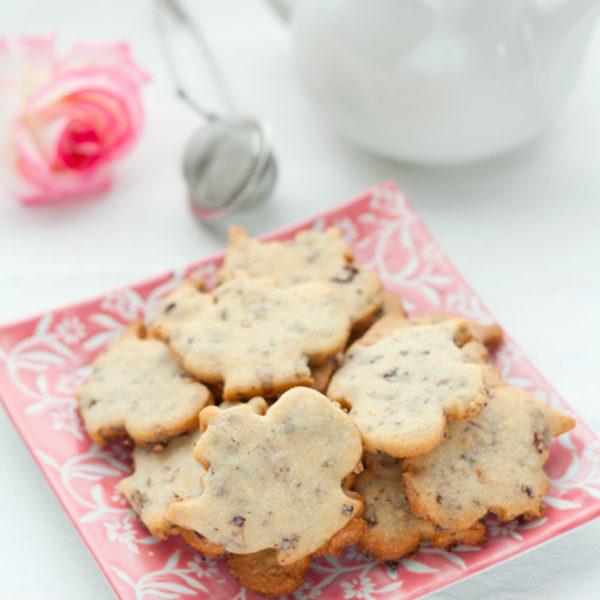 Biscotti ai petali e all'acqua di rose e una novità