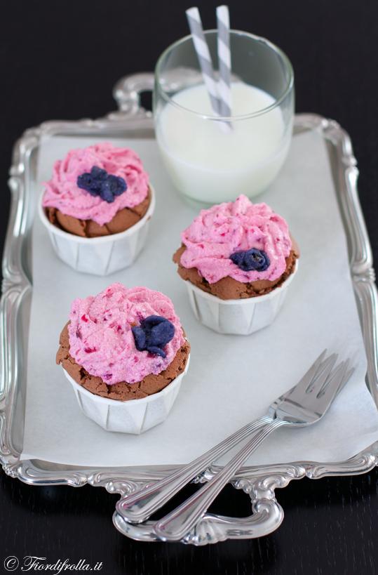 Cupcakes al cioccolato fondente e lavanda