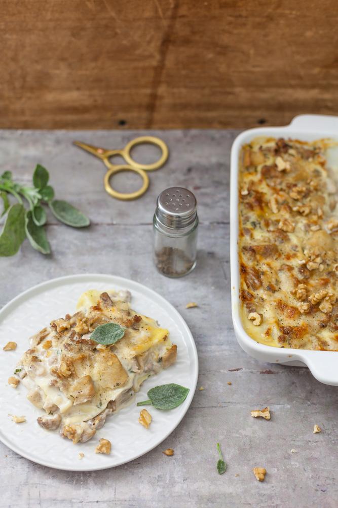 Lasagne ai funghi porcini, salsiccia e noci 2