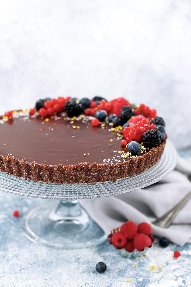 torta fredda al cioccolato e frutti di bosco-1