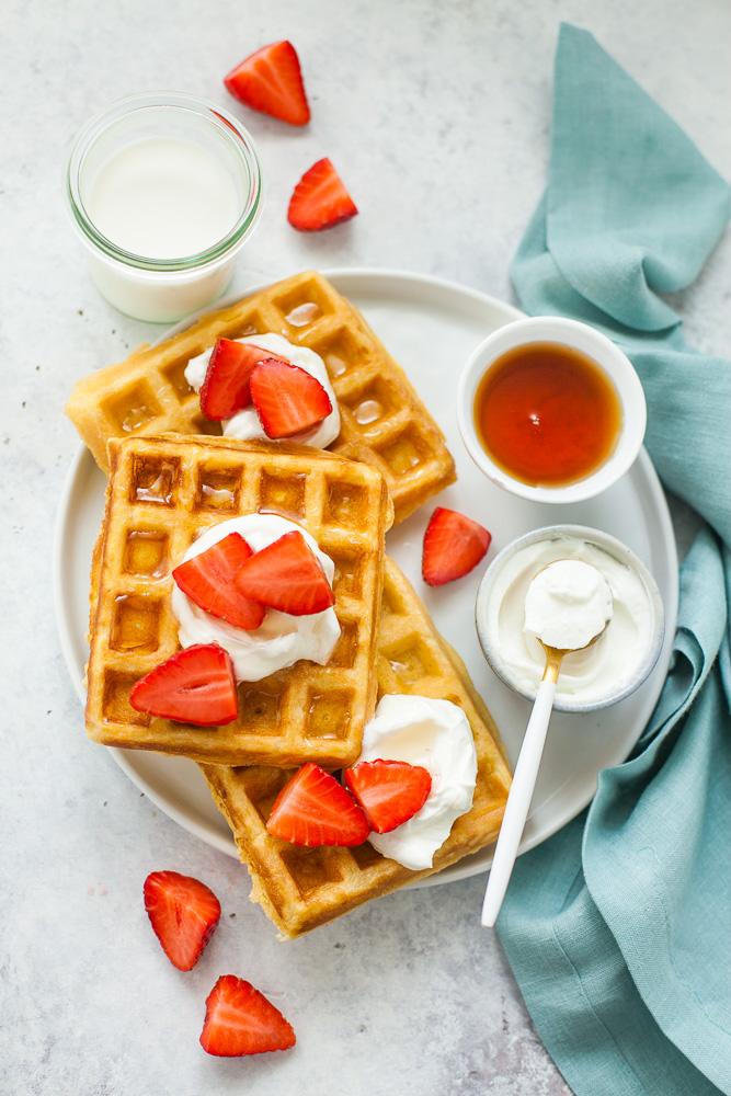 waffle alle fragole e yogurt greco-1