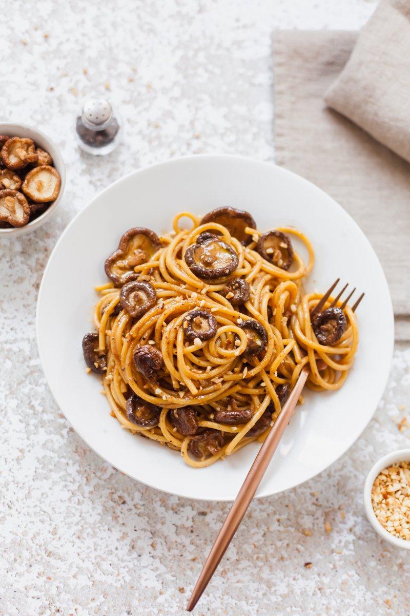 spaghettoni crema di miso-1