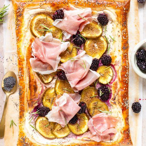 torta salata con prosciutto e fichi-1